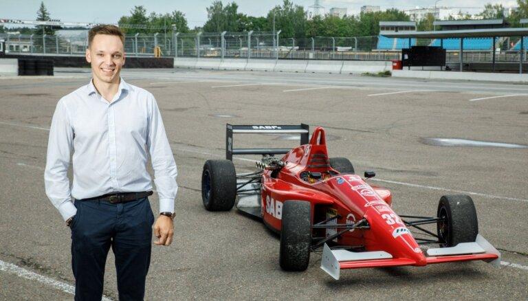 Sāka ar 'žigulīti', tagad būvē Pirmo formulu. Latvietis veido karjeru leģendārā F1 komandā