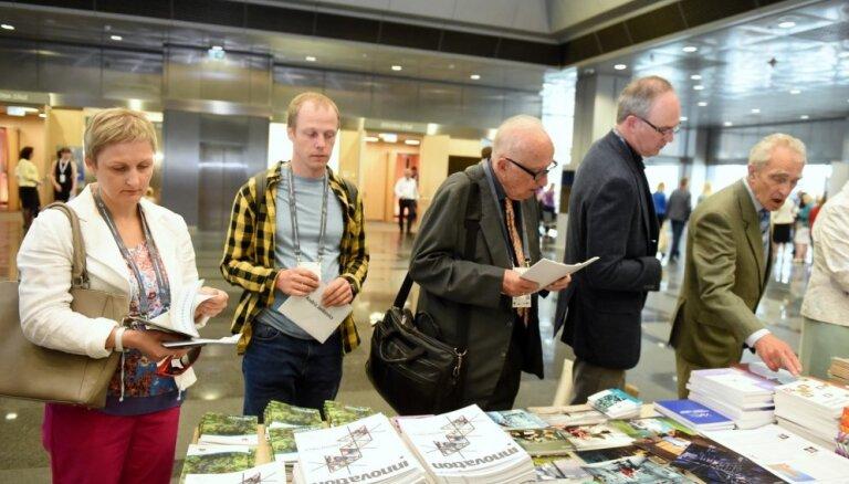 Foto: Zinātnieki kongresā meklē 'Latvijas formulu 2050'