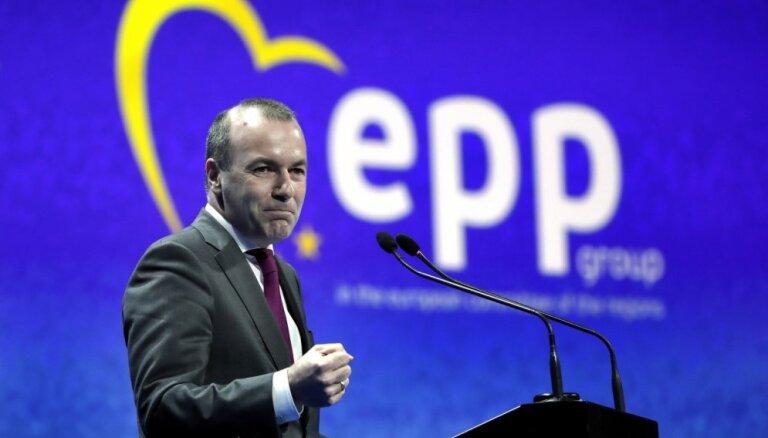 EPP līderis noraida sadarbību ar 'pamuļķiem' AfD un Lepēnu
