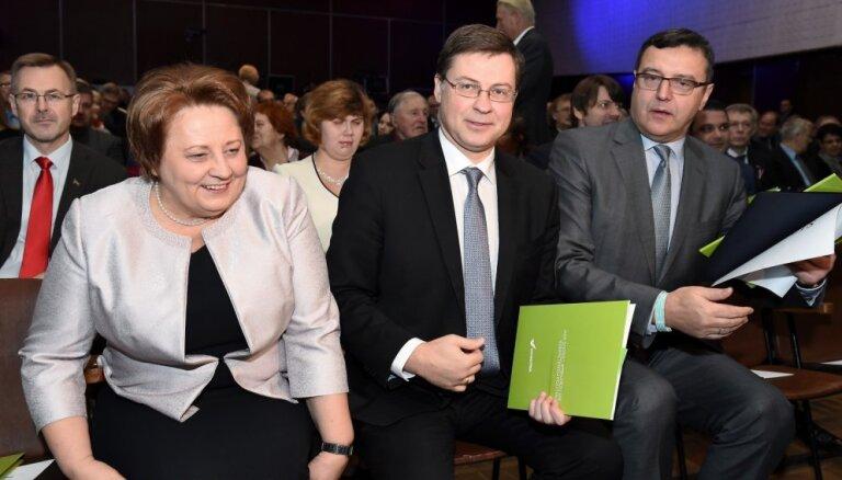 """Пиебалгс: """"Единство"""" расколото, будущее партии решат выборы"""
