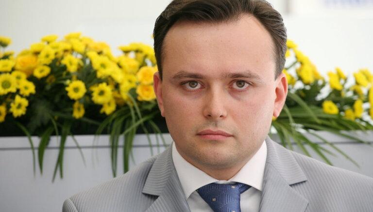 'Krājbankas' miljonu pazušanas lietā apsūdzētais Surmačs pametis 'Saskaņas' konsultanta amatu
