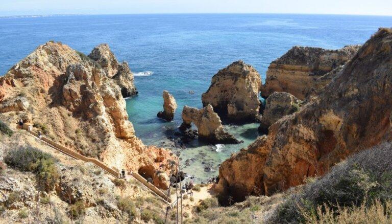 Pludmales, kalni un vietējie labumi: ģimenisks ceļojums uz Portugāles dienvidiem