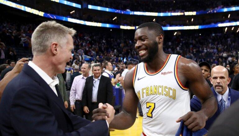 Debitants Paskāls ar 34 punktiem šokē NBA un nodrošina 'Warriors' pirmo uzvaru mājās