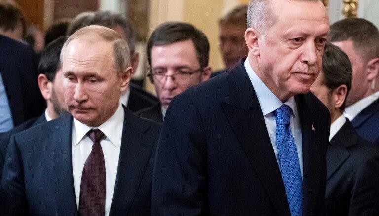 Putins pauž satraukumu par arābu kaujinieku piedalīšanos kaujās Karabahā