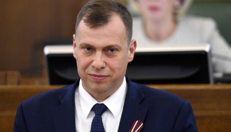 Par balsošanu kolēģa vietā deputātam Rubikam izteiks mutvārdu brīdinājumu