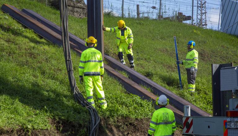 Foto: Sākas pirmā 'Rail Baltica' dzelzceļa pārvada būvniecība