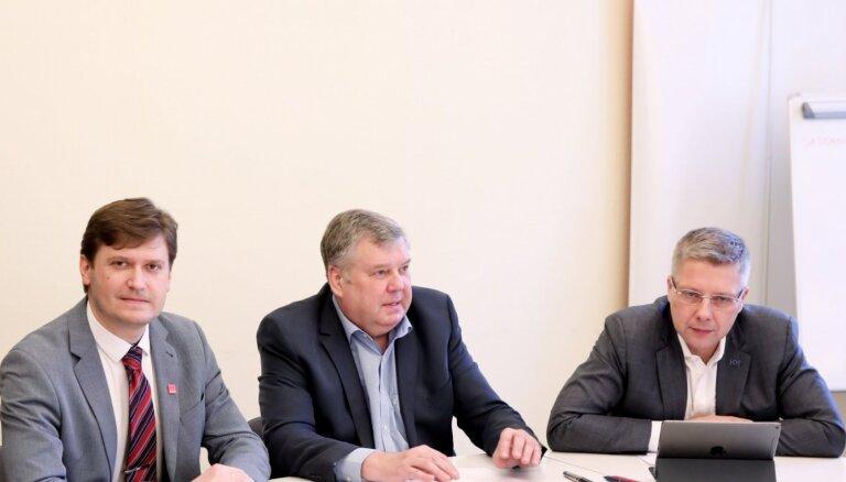 'Saskaņas' līderis vēlēšanās būs krievu skolu aizstāvis Čekušins; startēs arī Jakrins