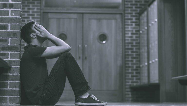 """Психиатр о самоубийствах в Латвии: """"Всю статистику портит Латгалия"""""""