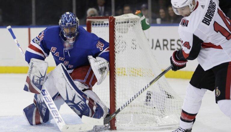 Lundkvists nostāv 'sausā' un palīdz 'Rangers' pārspēt 'Senators' komandu