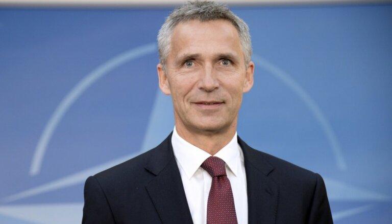 НАТО призывает Москву отвести войска от Украины