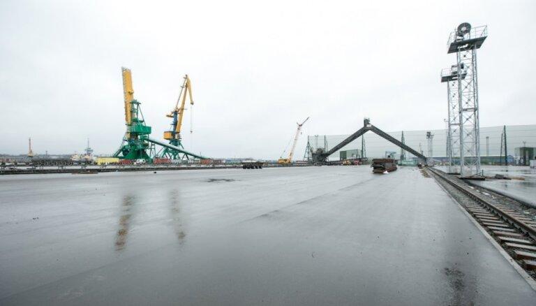 Foto: Ekspluatācijā nodod Krievu salas termināli