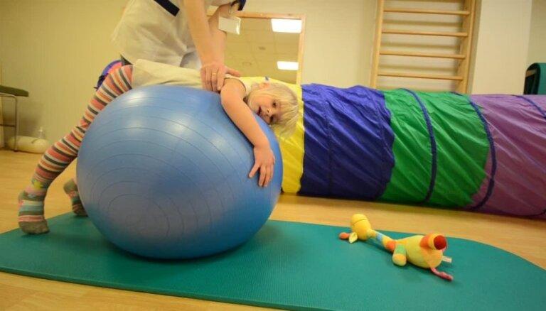Speciālā masāža bērniem jeb kontaktelpošana