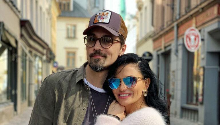 Foto: Krievijas zvaigzne Dima Bilans pirms koncerta bauda atpūtu Rīgā