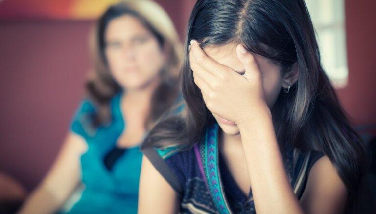 Aicina pieteikties bezmaksas lekcijām par pusaudžu audzināšanu
