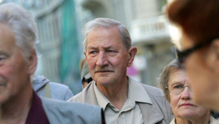 Gan Bičkovičs, gan Guļāns ir nopietni kandidāti AT priekšsēdētāja amatam, vērtē Endziņš