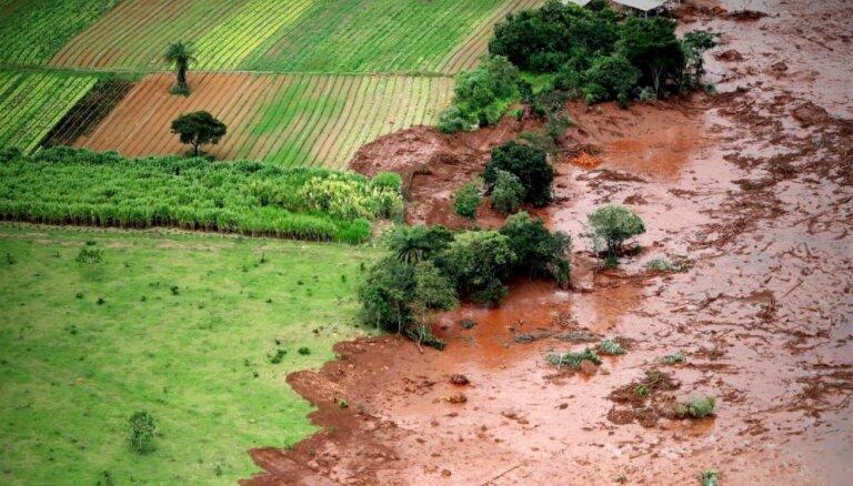Brazīlijas raktuvēs trauksmes sirēna ziņo par vēl viena aizsprosta iespējamu sabrukšanu