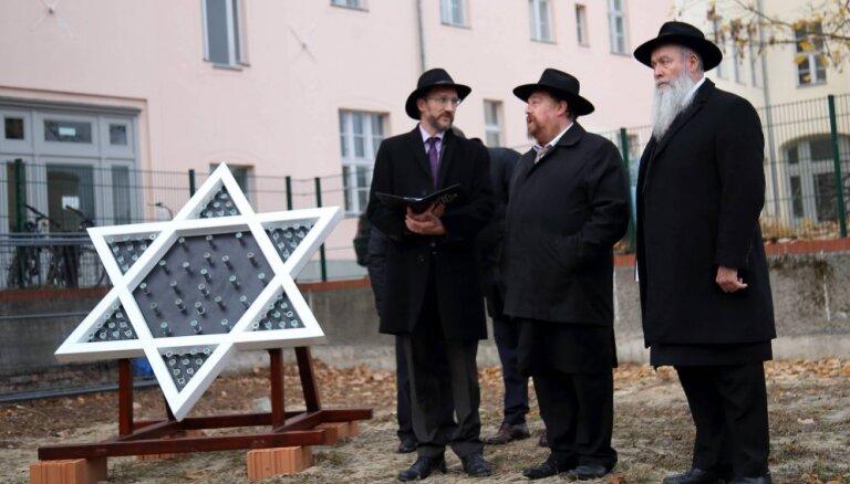 Antisemītisma dēļ Eiropas Savienību pieļaujot pamest trešdaļa ebreju