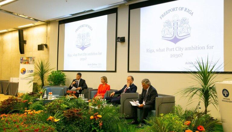 Starptautiskā sanāksmē diskutē par ostas pilsētu attīstību