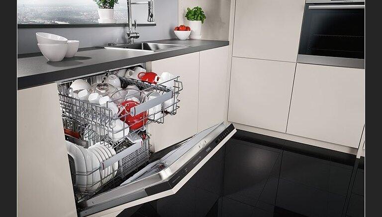 Kā izvēlēties noderīgo virtuves palīgu - trauku mazgājamo mašīnu