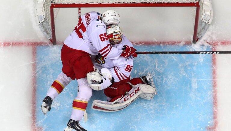 Kalniņam izcils sniegums; 'Jokerit' sarūgtina KHL līderi CSKA