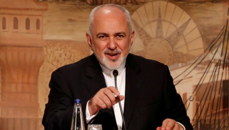 Teherāna nesāks jaunas kodolsarunas ar 'neuzticamo' Trampu, paziņo Irānas ministrs