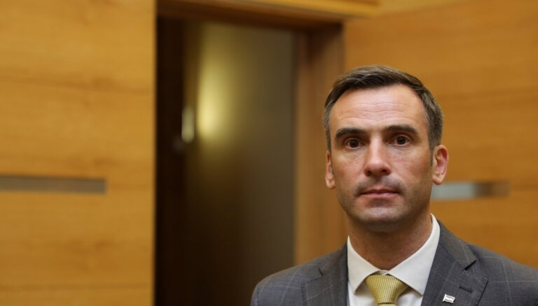 Jaunas Rīgas domes koalīcijas veidošanu bremzē APP un JV domstarpības par spēku samēru