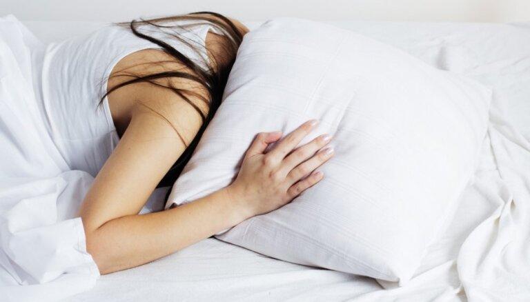 От храпа до бессоницы: список наиболее частых нарушений сна и решения проблемы