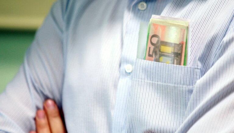Pērn valsts parādnieku vietā izmaksājusi uzturlīdzekļus 22 miljonu eiro apmērā