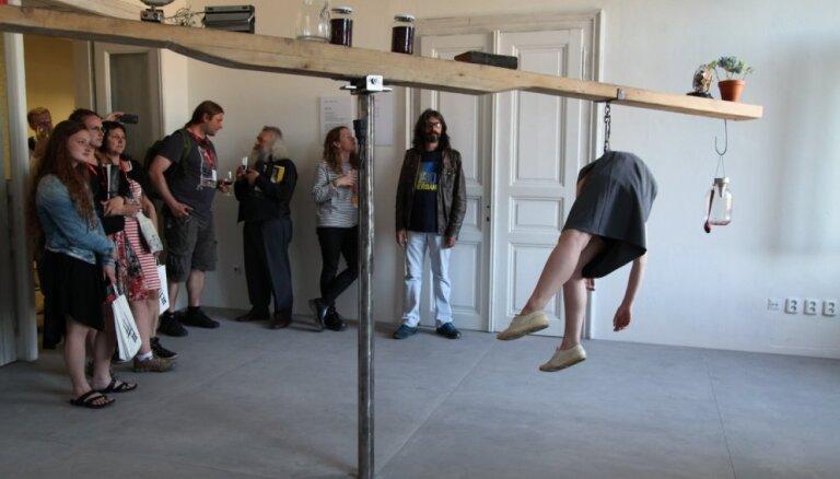 Atklāta Prāgas Scenogrāfijas kvadriennāle, kurā piedalās arī Latvijas mākslinieki
