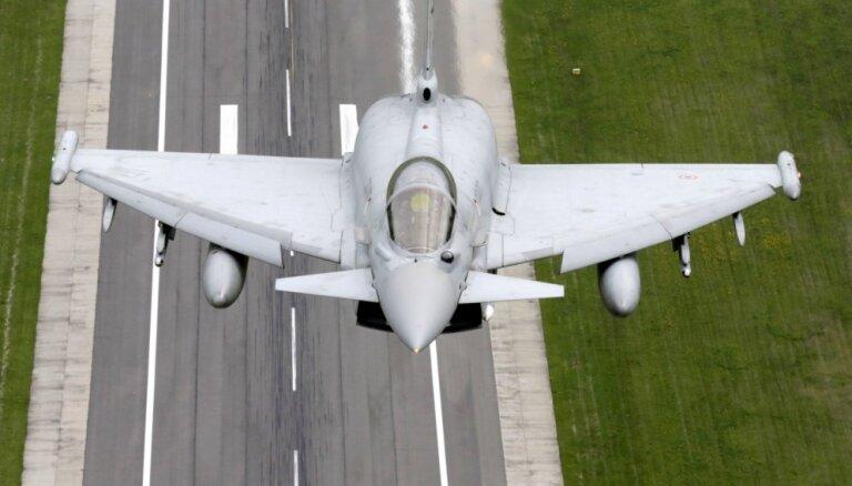 Истребители ФРГ 30 раз за полгода сопровождали самолеты РФ над Балтикой