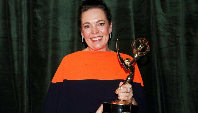 'Emmy' ceremonijā triumfē seriāls 'The Crown'