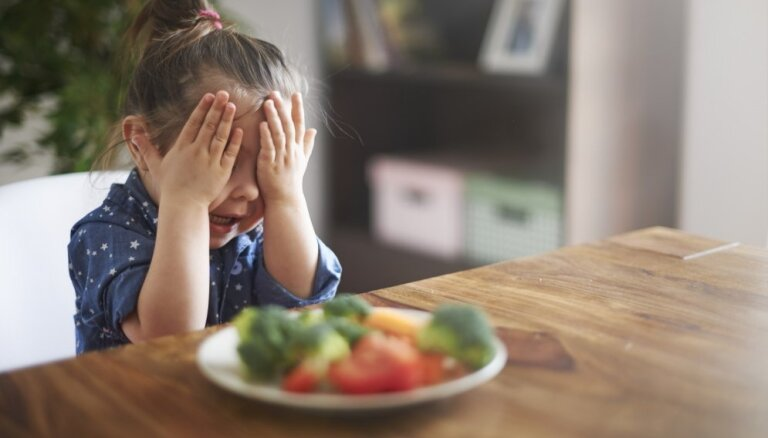 Что делать, если ребенок не ест? Советы, а также 11 аппетитных и красочных рецептов