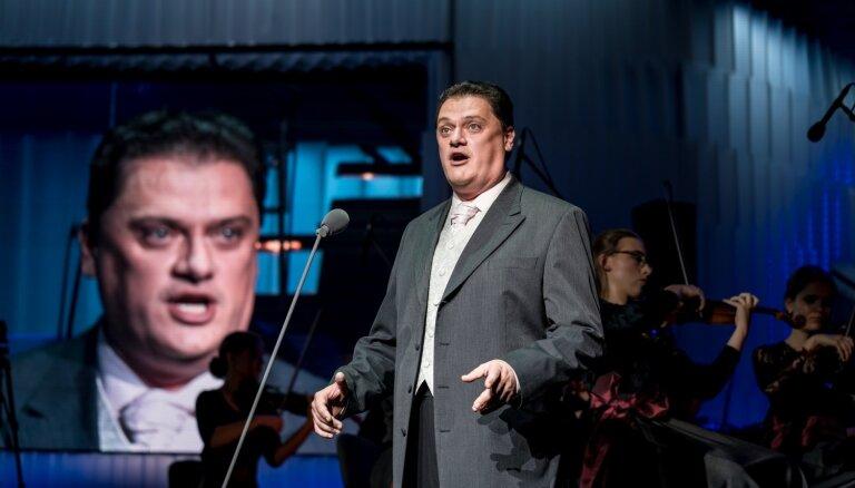 Foto: Izcilību plejāde 'Jūrmalas festivāla' atklāšana koncertā 'Dzimuši Latvijā'