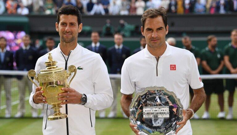 Video: Džokoviča un Federera vēsturiskā spēkošanās Vimbldonas finālā