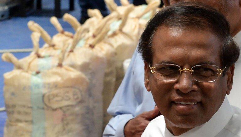 Uzbrukumi mazām valstīm varētu būt 'Islāma valsts' jaunā stratēģija, uzskata Šrilankas prezidents
