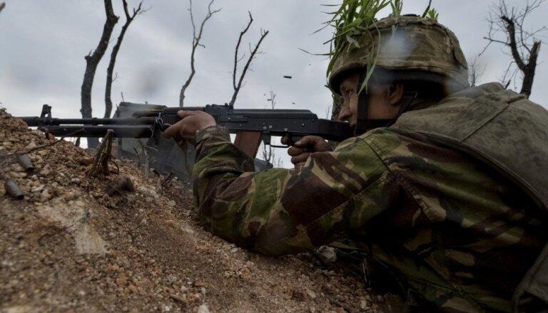 Ukrainas austrumos maijā gājuši bojā astoņi ukraiņu karavīri