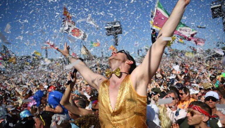 'Covid-19': Atceļ leģendāro Glastonberijas festivālu
