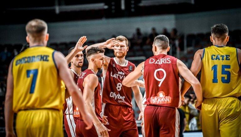 Latvijas basketbola izlase skatītāju priekšā Rīgā atgriežas ar 108 punktiem