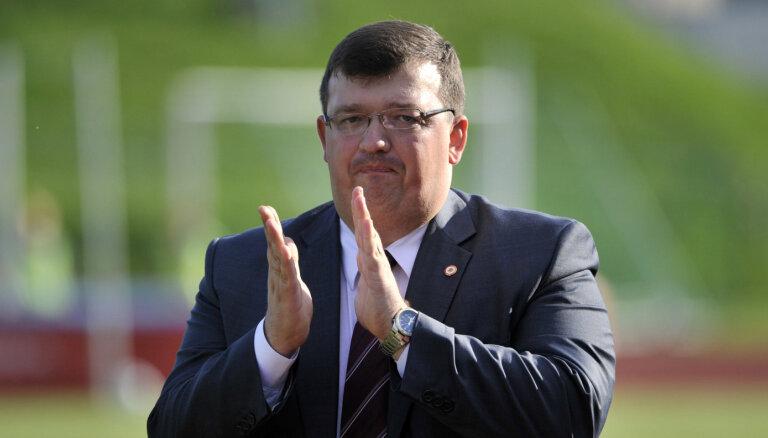 'Delfi' skaidro: kurš virzīja Kazakeviča kandidatūru un kāpēc notika trenera maiņa