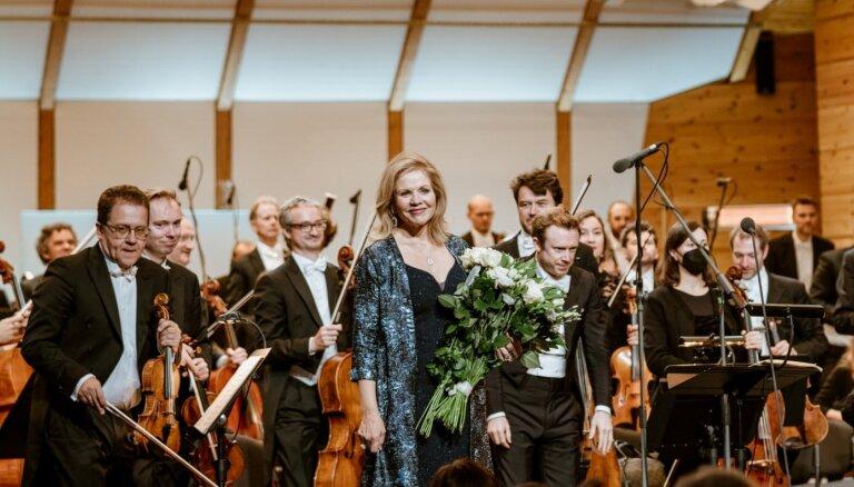 Foto: Renē Fleminga un citas zvaigznes festivāla 'Rīga Jūrmala' koncertos