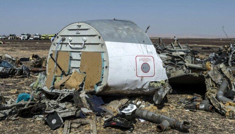 Ēģiptē avarējušā 'Airbus A-321' melnās kastes ierakstā dzirdams sprādziens, ziņo medijs