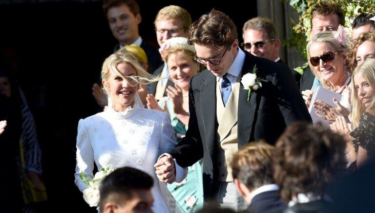 Foto: Karaliski apprecējusies britu popzvaigzne Elija Goldinga