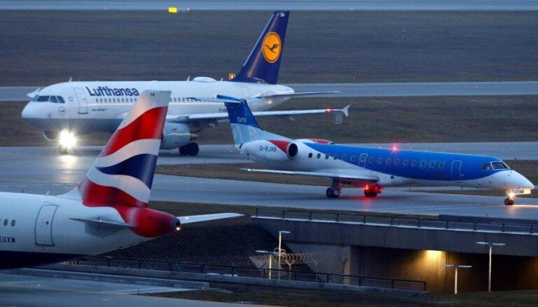 'Brexit' neskaidrību radīto problēmu dēļ darbību pārtrauc Lielbritānijas aviokompānija 'flybmi'