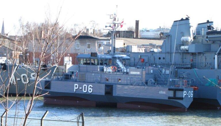 Jūras spēku patruļkuģis 'Cēsis' evakuē cietušo no Maltas kravas kuģa