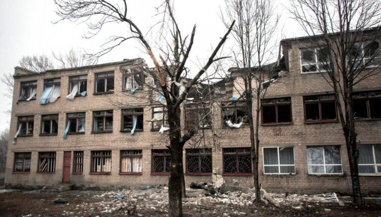 ФРГ и Франция настаивают на посредничестве в Донбассе