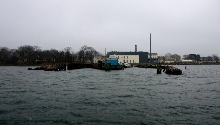 Dānijas likumdevēji apstiprina finansējumu ārvalstu noziedznieku izmitināšanai uz Lindholmas salas