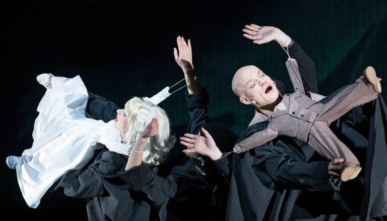 Ar četriem iestudējumiem Rīgā viesosies Liepājas teātris