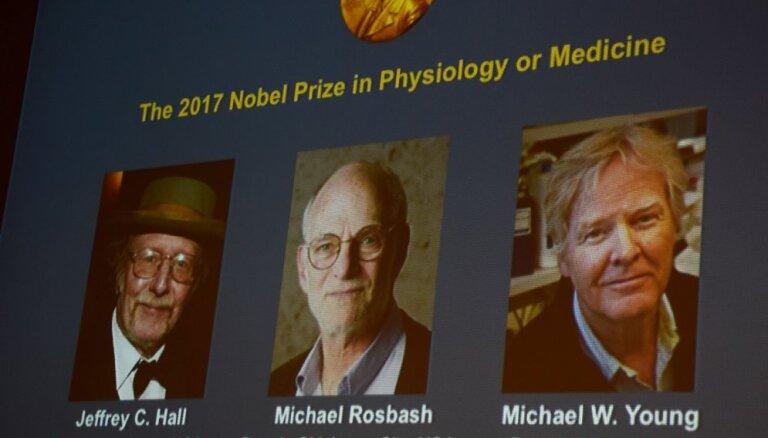 """Нобелевскую премию по медицине присудили за изучение """"клеточных часов"""""""