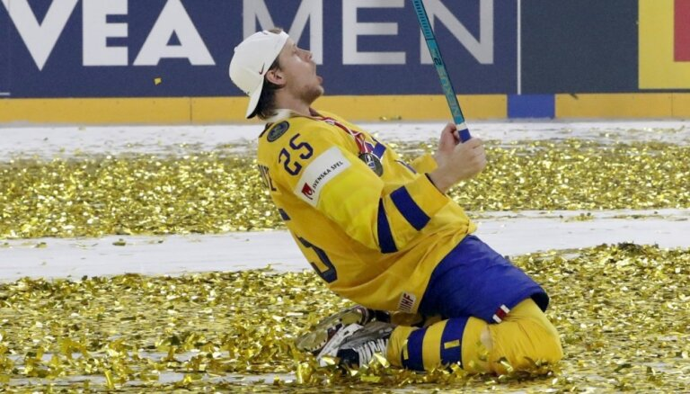 Video: divi fināli, divas 'bullīšu' sērijas - Zviedrija atkārtoti kļūst par pasaules čempioni