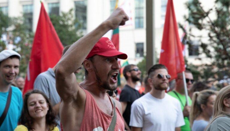 Lietuvā nepieredzēti vardarbīgā protesta rīkotāji izgāzās, uzskata pētnieks